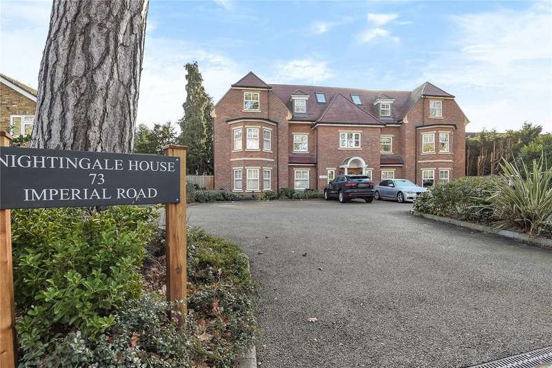 2 Bedrooms Apartment Flat for sale in Nightingale House, 73 Imperial Road, Windsor, Berkshire, SL4