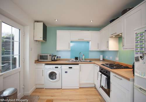 2 Bedrooms Terraced House for rent in Orchard Drive, Wooburn Green, Buckinghamshire, HP10 0QN