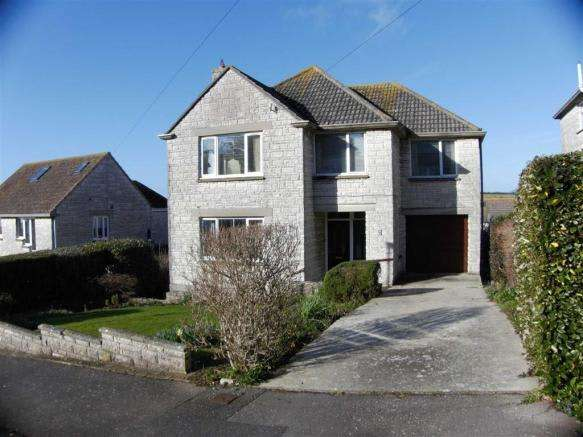 5 Bedrooms Property for sale in Overcombe Drive, Weymouth, Dorset