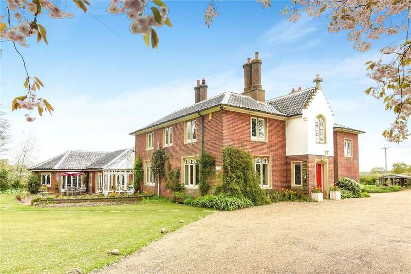 5 Bedrooms Detached House for sale in Woodrising, Near Hingham, Norfolk