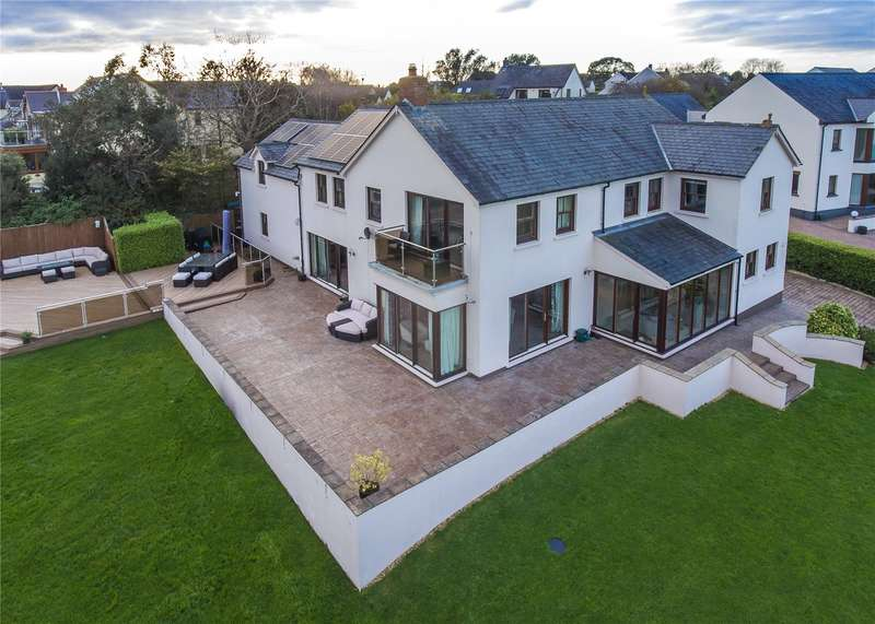 5 Bedrooms Detached House for sale in Hawn House, Hawn Lake, Burton, Milford Haven