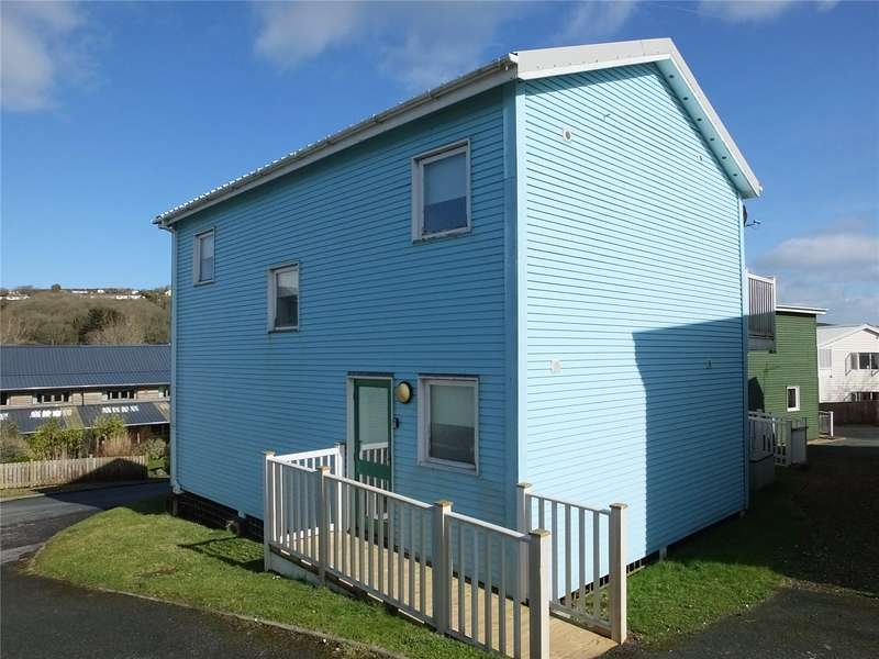 3 Bedrooms Maisonette Flat for sale in Freshwater Bay, Trewent Park, Freshwater East