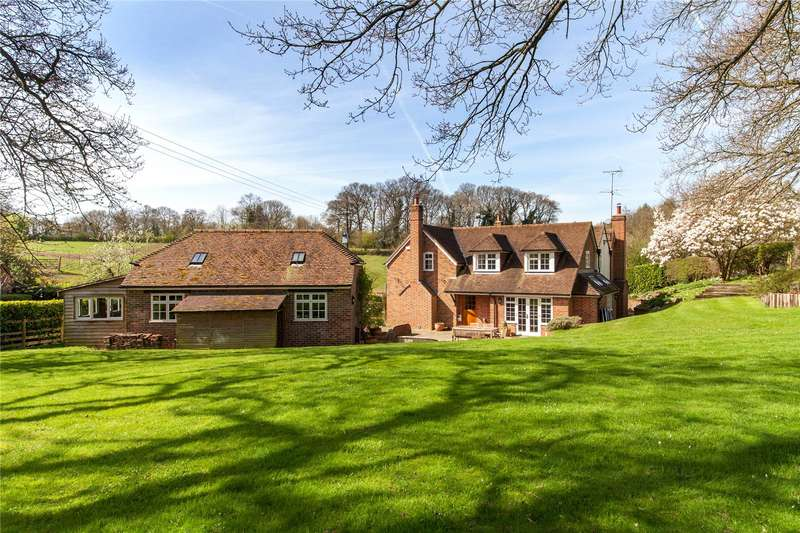 5 Bedrooms Detached House for sale in Blackbirds Bottom, Goring Heath, Oxfordshire, RG8