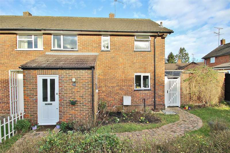 2 Bedrooms Semi Detached House for sale in Hammond Road, Horsell, Surrey, GU21