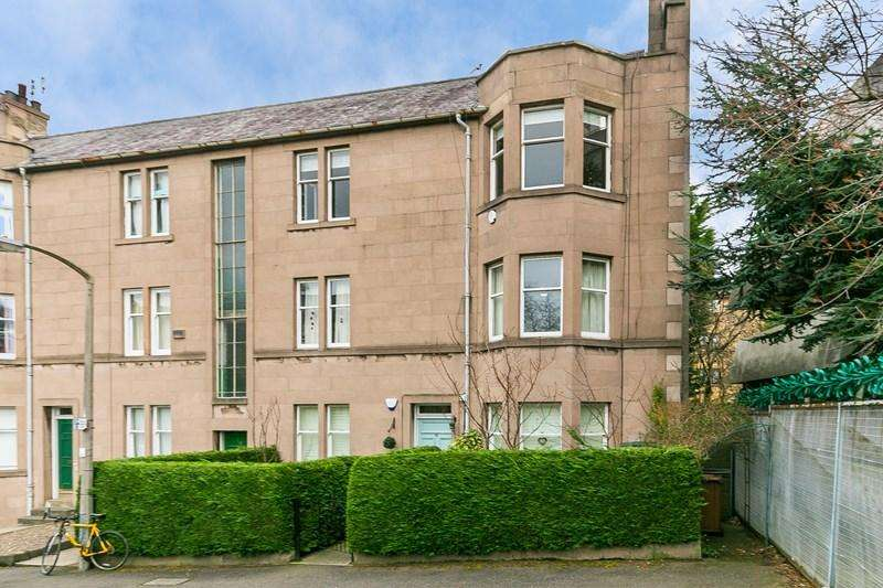 3 Bedrooms Property for sale in 33/3 Learmonth Crescent, Comely Bank, Edinburgh, EH4 1DD