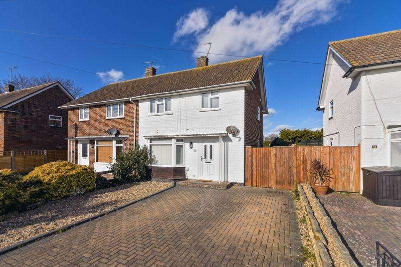 3 Bedrooms Semi Detached House for rent in Marlborough Road, Goring