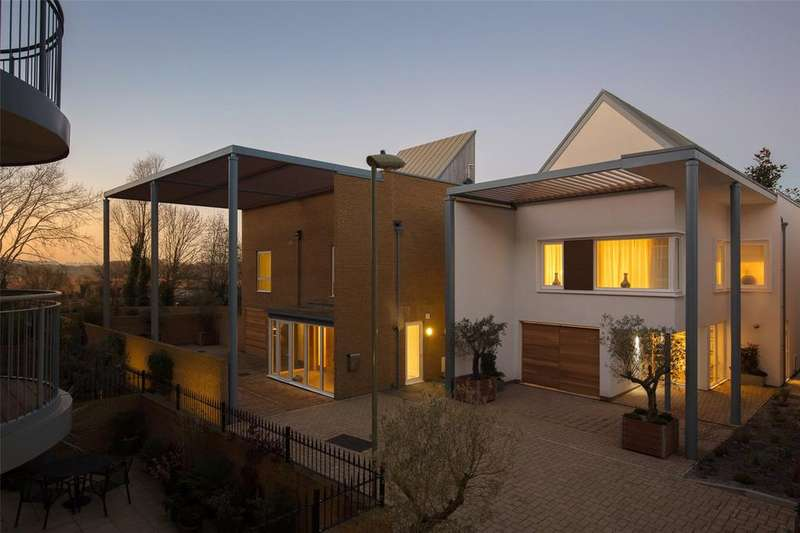 3 Bedrooms Detached House for sale in The Tamar, Lymington Shores, Bridge Street, Lymington, SO41