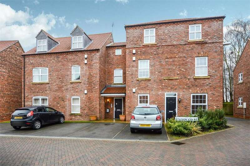 1 Bedroom Flat for sale in Station Court, Station Rise, Riccall, YORK