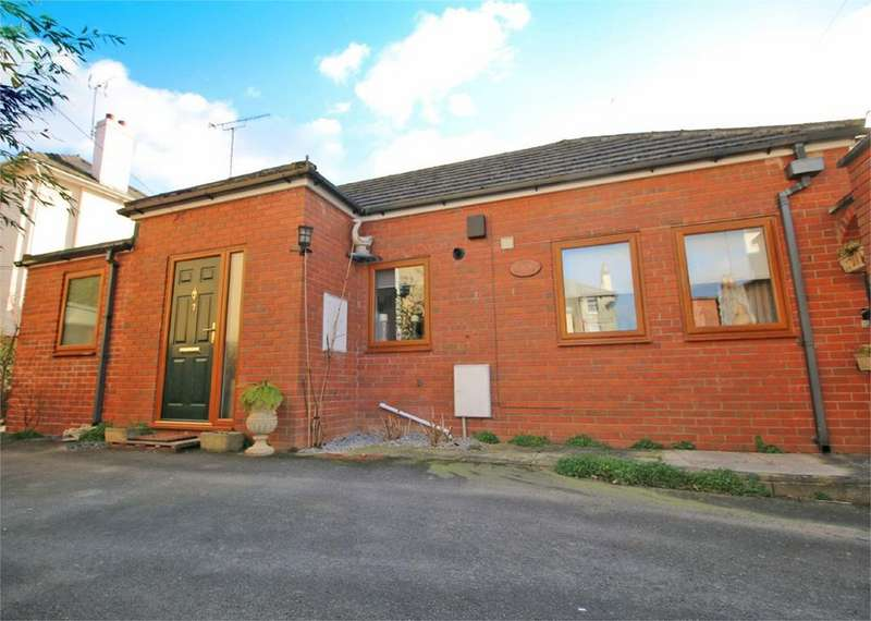 2 Bedrooms Detached Bungalow for sale in St Lukes Road, Cheltenham