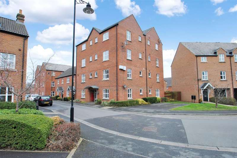 2 Bedrooms Apartment Flat for sale in Massingham Park, Taunton