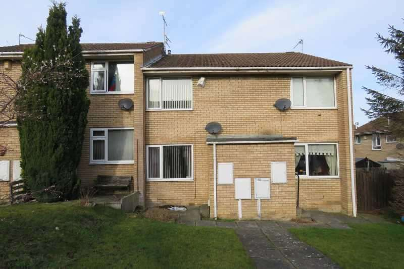 2 Bedrooms Town House for sale in Meadowcroft Rise, Westfield, Sheffield, S20 8EP