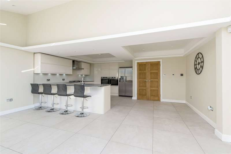 4 Bedrooms Semi Detached House for sale in Courthope Villas, London, SW19