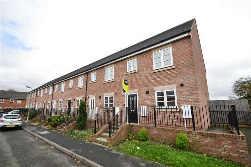 3 Bedrooms Semi Detached House for rent in Glendower Court, Greenfields, Shrewsbury