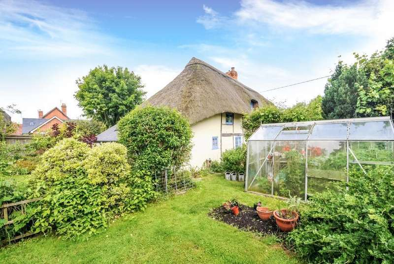 4 Bedrooms Cottage House for sale in Brookside Cottage, Wantage, OX12