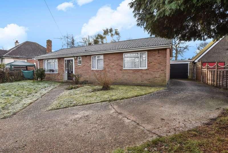 3 Bedrooms Detached Bungalow for sale in Bisley, Woking, GU24