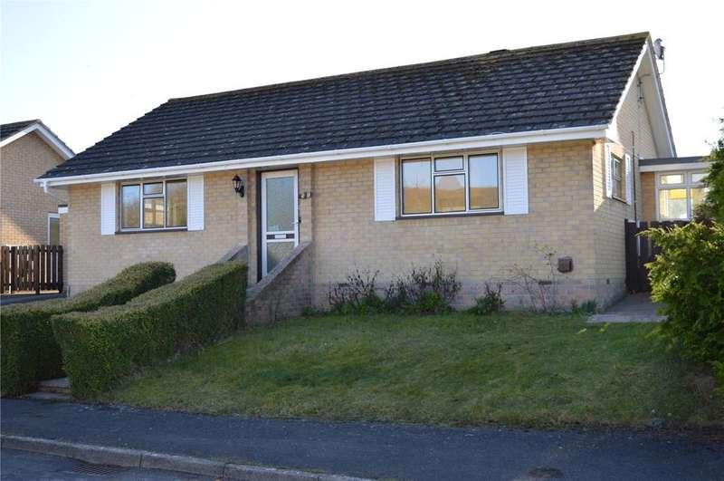 2 Bedrooms Bungalow for sale in Valley Road, Bridport, Dorset