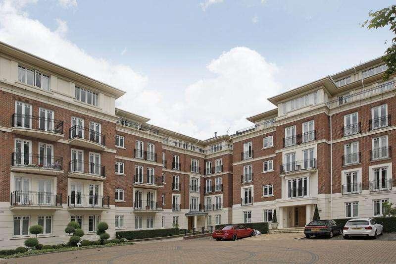 2 Bedrooms Flat for sale in Leicester Court, Richmond Bridge Development, TW1