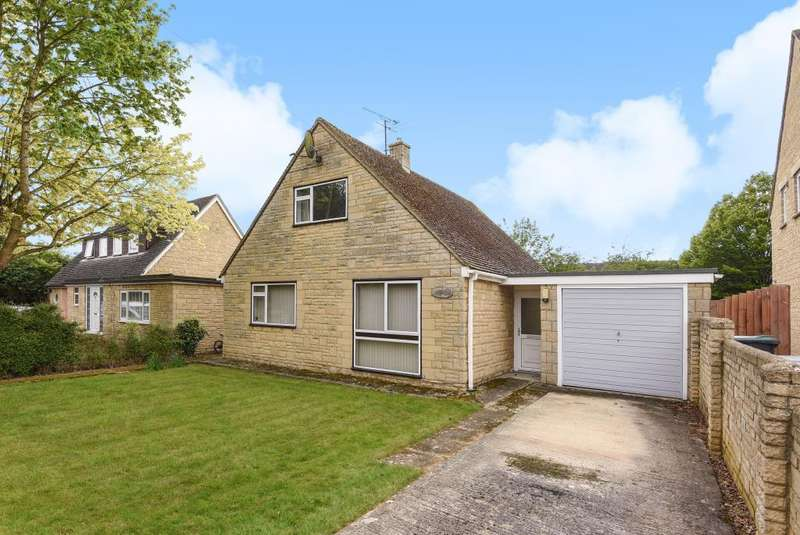 3 Bedrooms Detached Bungalow for sale in Home Close, Carterton, OX18