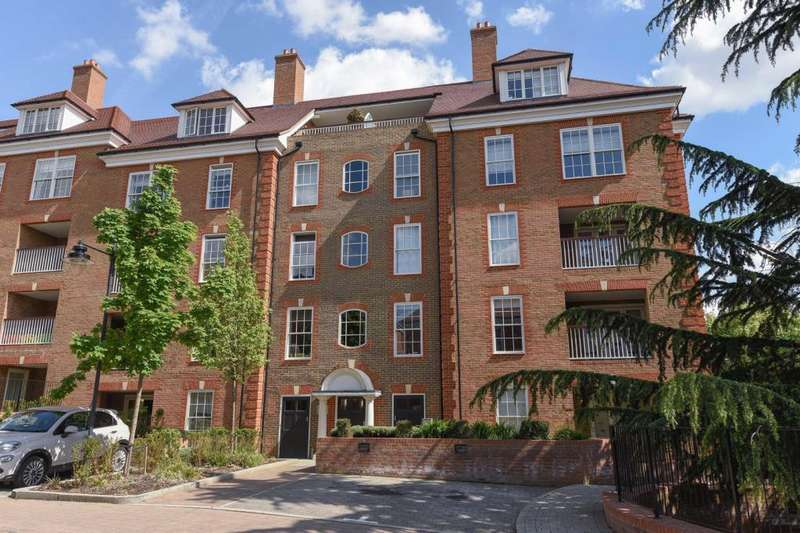 2 Bedrooms Flat for sale in Petunia Court, Finchley, N3