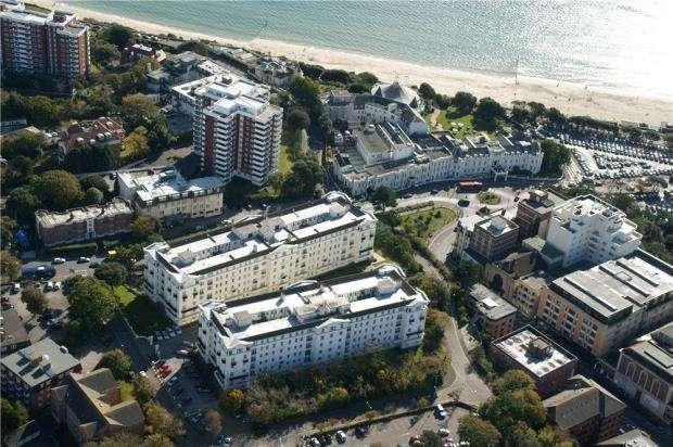 4 Bedrooms Flat for sale in Bournemouth, Dorset, BH1