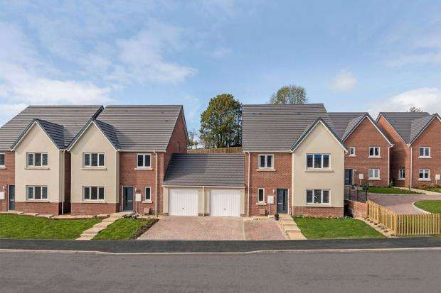 4 Bedrooms Link Detached House for sale in Kings Gate, Saxon Way, Kingsteignton, Newton Abbot
