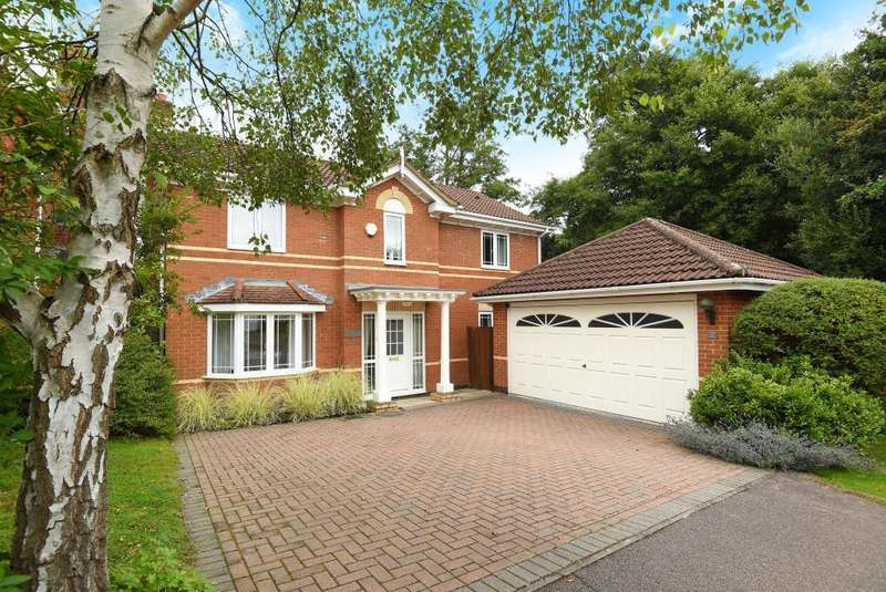 4 Bedrooms Detached House for sale in Viola Croft, Warfield, RG42