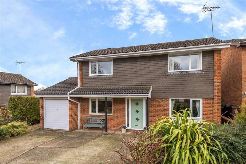 4 Bedrooms Detached House for sale in Lilac Way, Harpenden, Hertfordshire