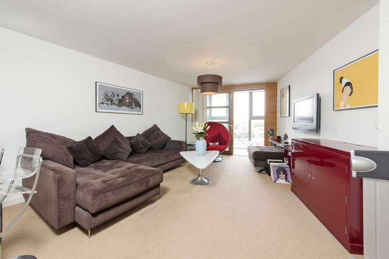 1 Bedroom Flat for sale in Lombard Road, SW11