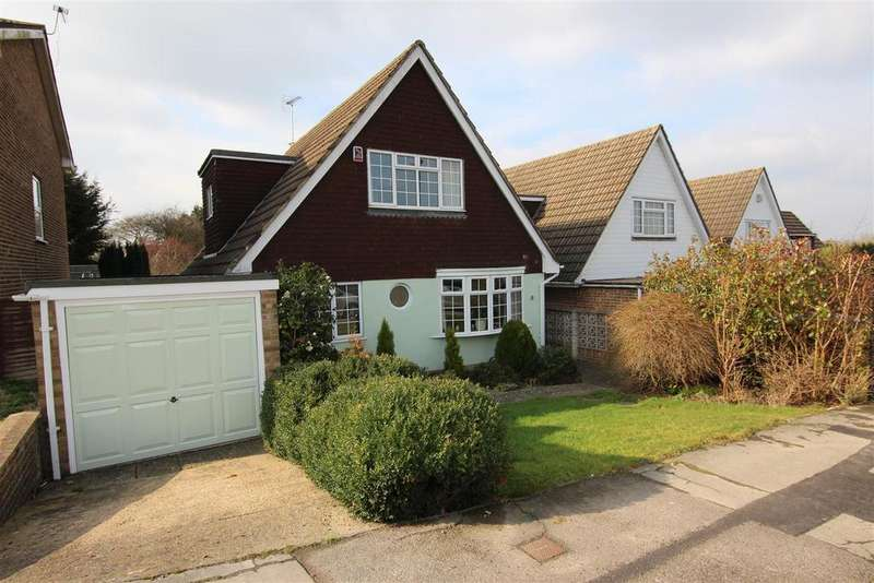 3 Bedrooms Detached House for sale in Dunstall Farm Road, Burgess Hill