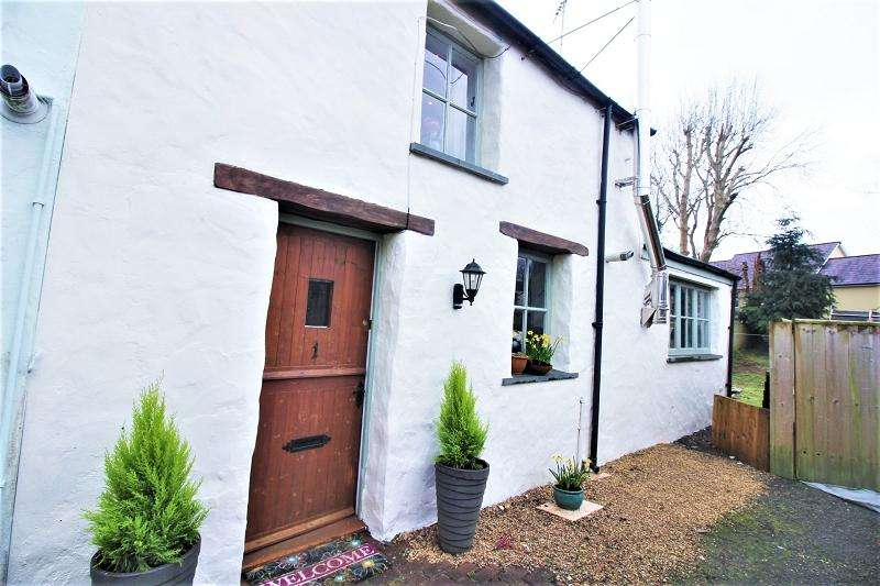 1 Bedroom End Of Terrace House for sale in rear of 23a Dew Street, Haverfordwest, Pembrokeshire. SA61 1ST