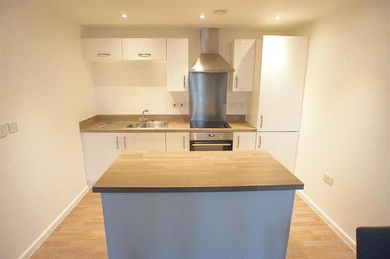 2 Bedrooms Apartment Flat for rent in Lintott Gardens, Warrington
