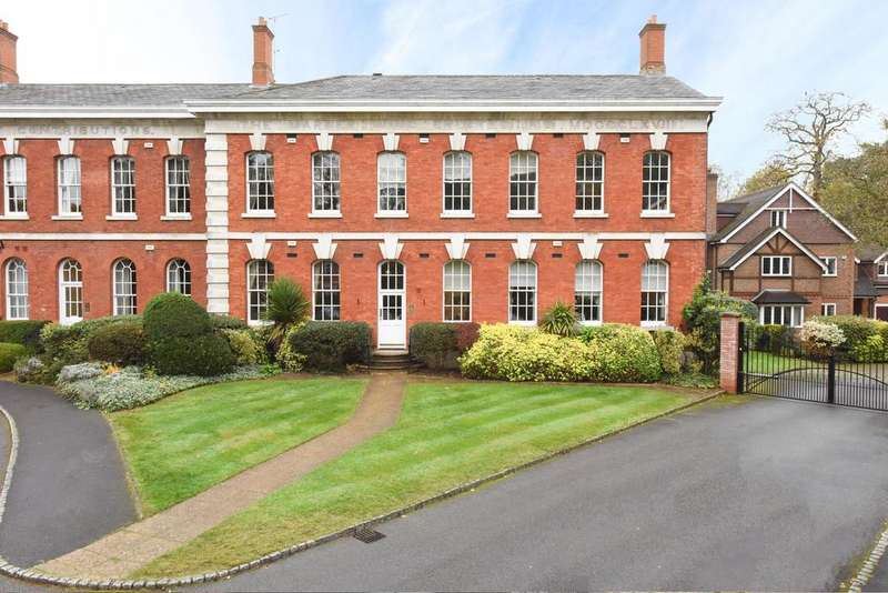 3 Bedrooms Apartment Flat for sale in Ellesmere Place, Walton on Thames KT12