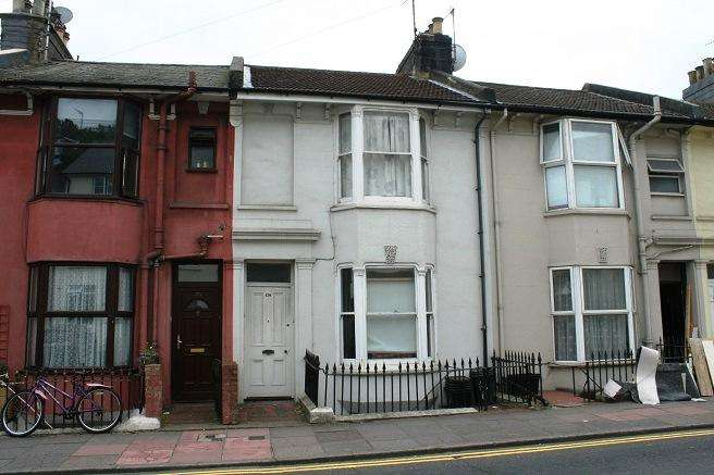 4 Bedrooms Terraced House for rent in Upper Lewes Road, Brighton BN2