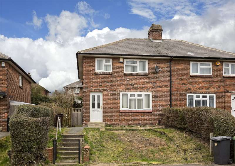 3 Bedrooms Semi Detached House for sale in Fairfield Street, Leeds, West Yorkshire, LS13