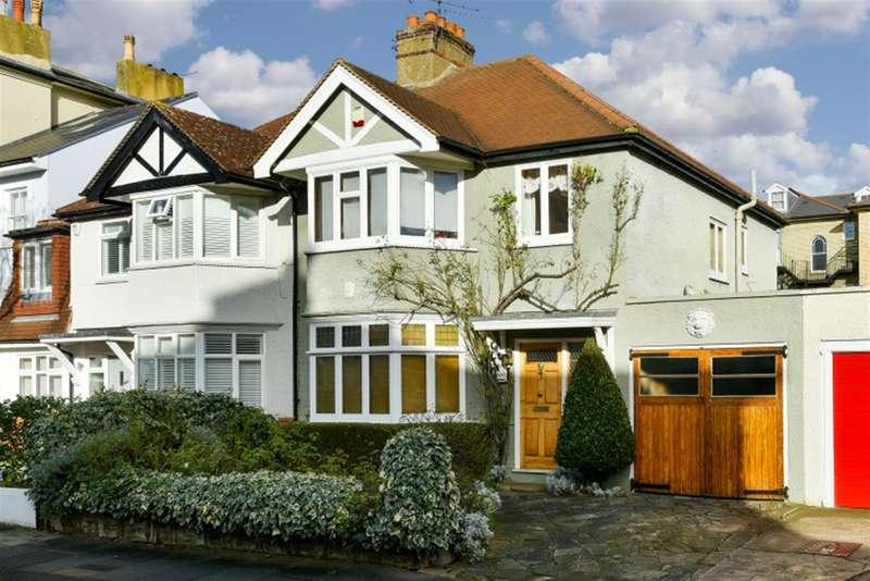 3 Bedrooms Property for sale in Cadogan Road, Surbiton