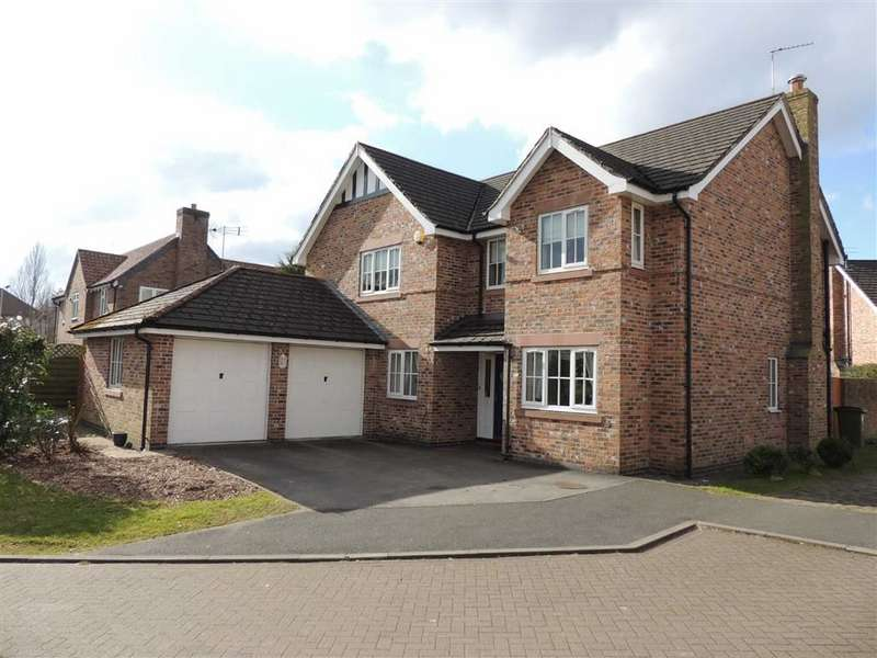 5 Bedrooms Detached House for sale in Hall Farm Close, Hazel Grove, Stockport
