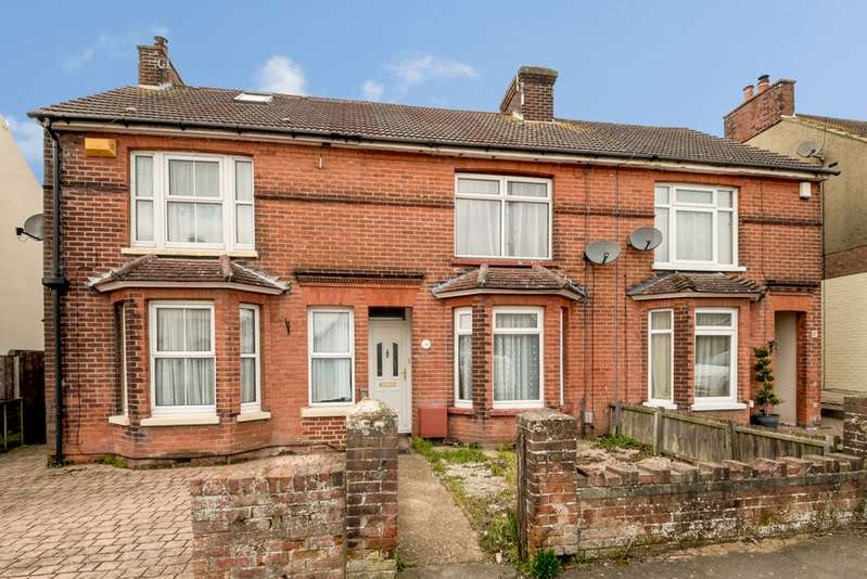 3 Bedrooms Terraced House for sale in Romney Road , Willesborough, Ashford TN24