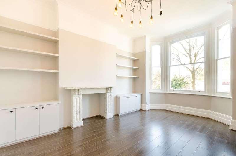 2 Bedrooms Flat for sale in West Hill Road, Southfields, SW18