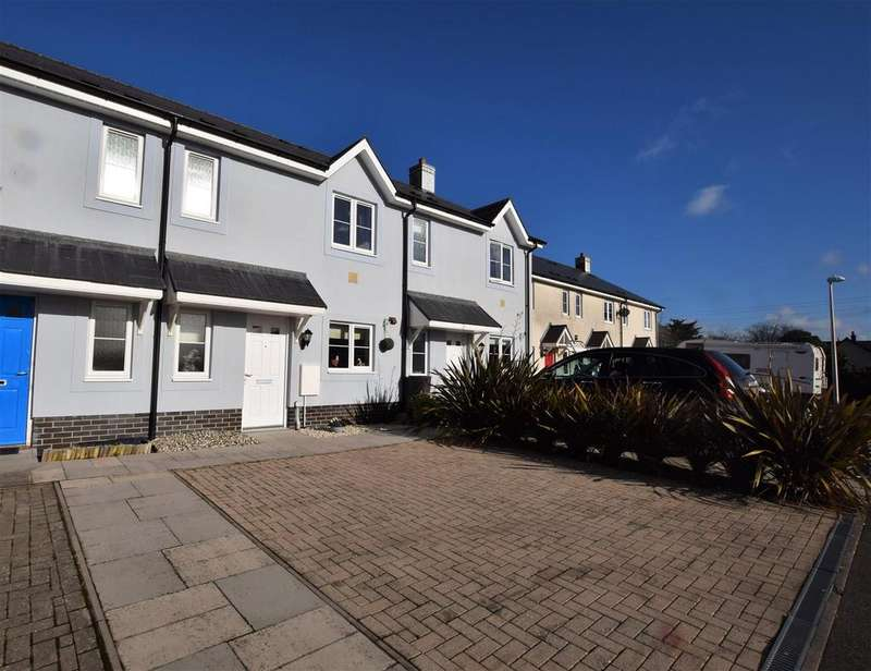 3 Bedrooms Terraced House for sale in Rosemary Close, Crundale, Haverfordwest