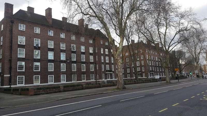 2 Bedrooms Flat for sale in WEDGEWOOD HOUSE, LAMBETH WALK, LONDON SE11