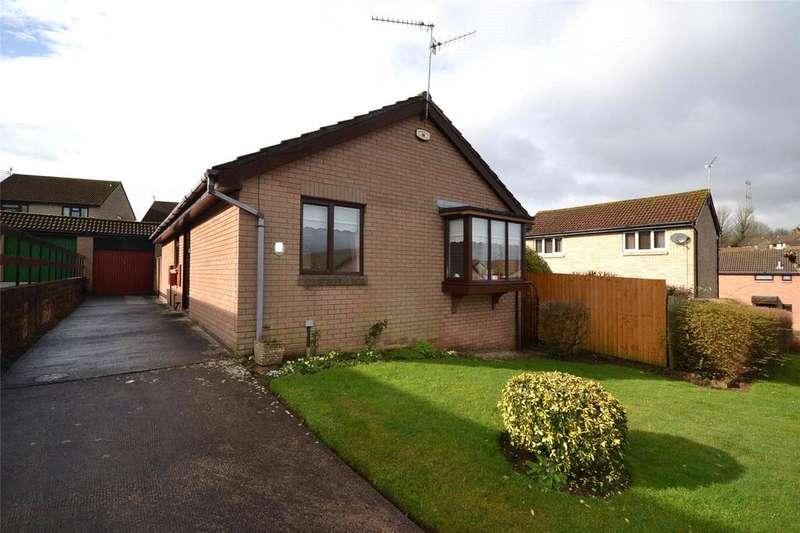 3 Bedrooms Detached Bungalow for sale in Herbert March Close, Danescourt, Cardiff, CF5