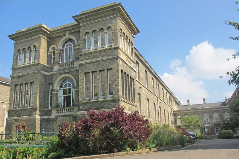 2 Bedrooms Flat for sale in Robertson House, Royal Herbert Pavilions, Shooters Hill, London, SE18