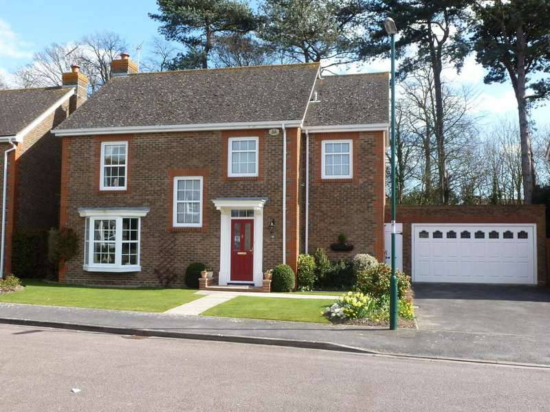 4 Bedrooms Detached House for sale in Aldbourne Drive, Aldwick, Bognor Regis PO21