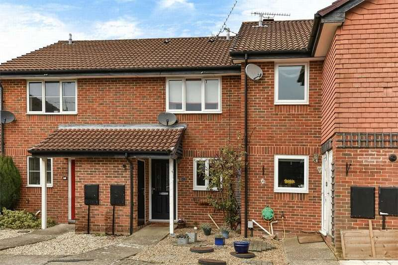 2 Bedrooms Terraced House for sale in Gosnell Close, Camberley, Surrey