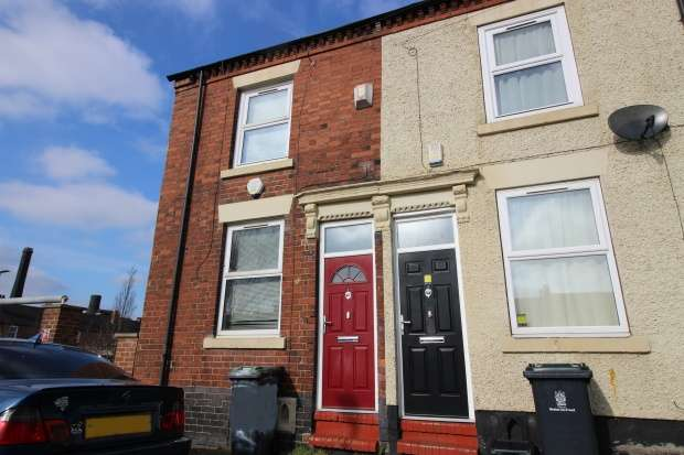 2 Bedrooms Property for sale in Woolrich Street, Stoke-On-Trent, Staffordshire, ST6 3PQ