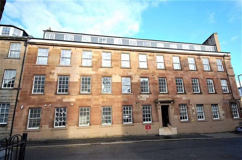 3 Bedrooms Flat for sale in George Street, Paisley PA1 2JB