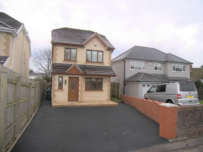 2 Bedrooms Detached House for sale in Main Road, Bryncoch, Neath