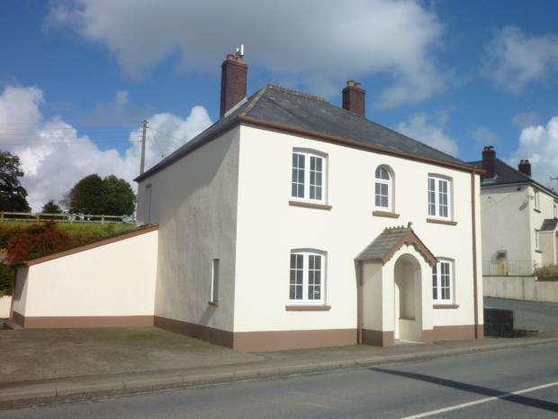 3 Bedrooms House for rent in Horrels Ford, Milton Damerel, EX22