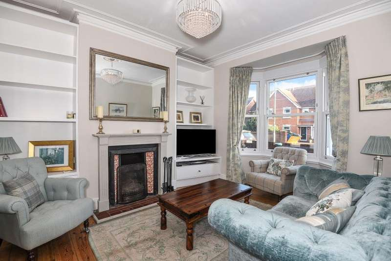 4 Bedrooms House for sale in Henley-on-Thames, Town Centre Location, RG9