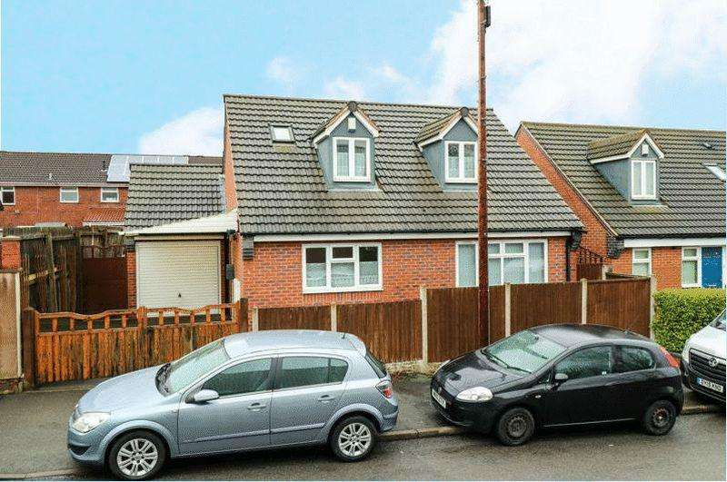 2 Bedrooms Bungalow for sale in Denbigh Road, Tipton